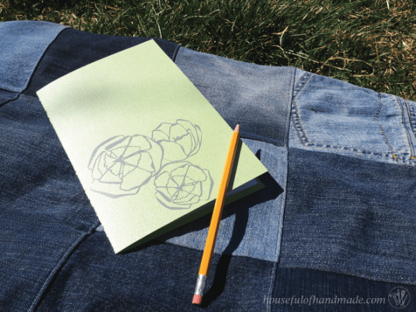 How to Make a Personalized Sketch Book in 5 Minutes