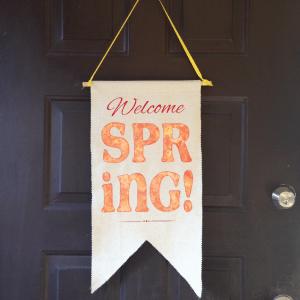 Easy Spring Door Pennant Tutorial