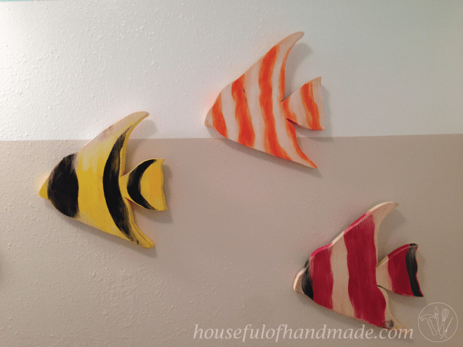 Fun & Simple Tropical Fish Wood Craft from Houseful of Handmade