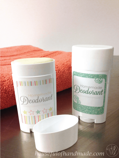 A super quick homemade deodorant stick that really works! Tutorial from Houseful of Handmade.