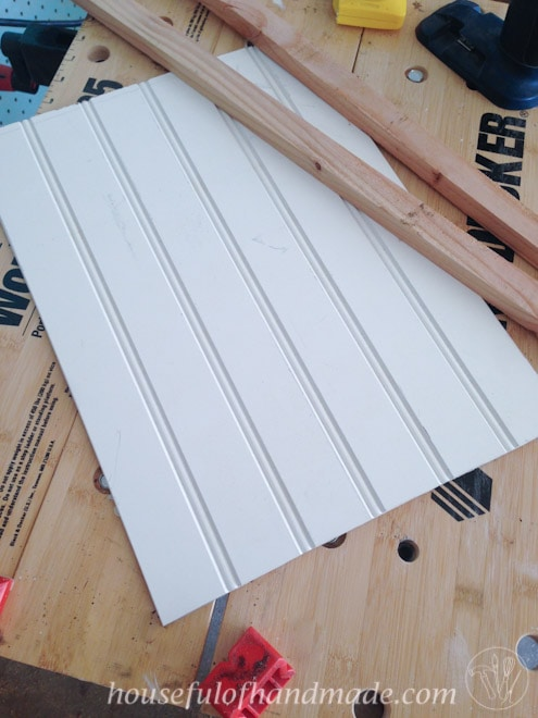 Make a simple clipboard picture frame in a couple hours. Tutorial on Houseful of Handmade.