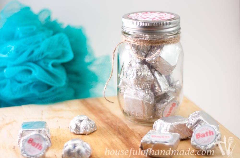 These are amazing! A luxurious bath truffle is combined with the healing properties of epsom salts. The result: a delightful salted bath truffle. Tutorial on Houseful of Handmade.
