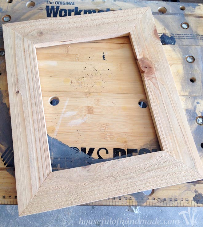 Build a Rustic Picture Frame in 20 Minutes - Houseful of Handmade
