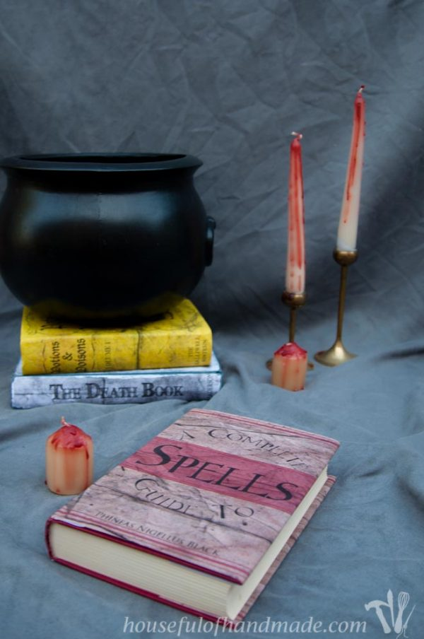 Free printable Halloween book covers for easy scary decorating. From Houseful of Handmade.