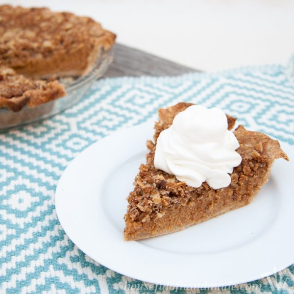 Apple Butter Pumpkin Pie with Crumb Topping