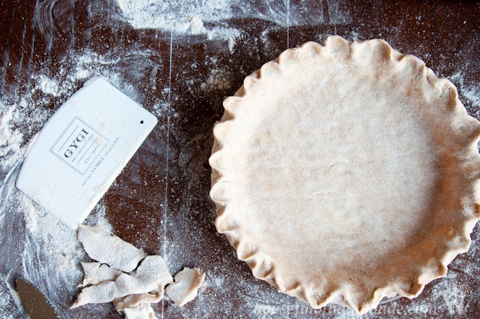 Learn how to make the best whole wheat pie crust ever! Tons of great tips and tricks so you can make the best pies for your Thanksgiving gathering. | HousefulofHandmade.com