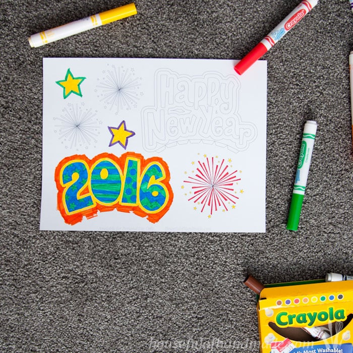 Celebrate the New Year by making your own party hats! The free printable New Year party headbands are easy to put together and the kids can color their own. | Housefulofhandmade.com
