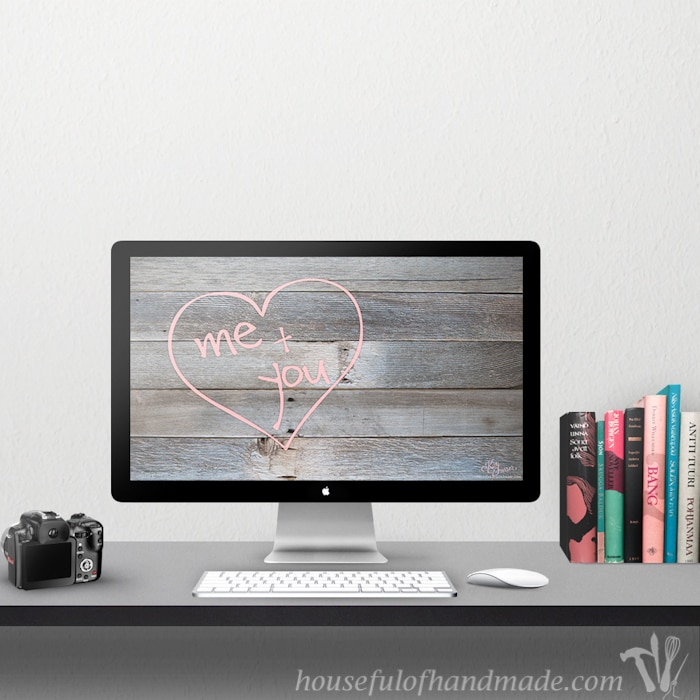 February is all about LOVE. Celebrate the month with these free digital backgrounds for February from HousefulOfHandmade.com.