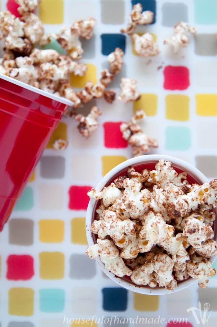14 Days of Popcorn Day 2: Here is a sweet chocolatey treat that is a little healthier! This chocolate kettle corn is perfect for your sugar cravings. | Housefulofhandmade.com