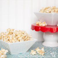 Vanilla Bean Cheesecake Caramel Popcorn