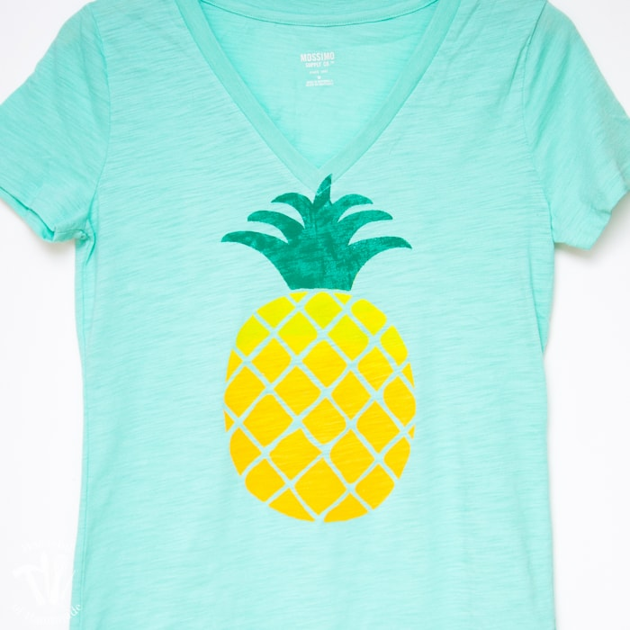 Ombre Pineapple Screen Print Tee