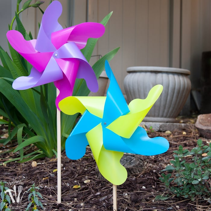 DIY Giant Outdoor Pinwheels