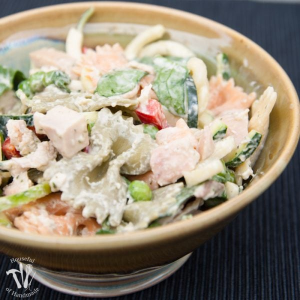 Create the perfect flavorful salad for summer, but keep it healthy with this Healthy Creamy Italian Pasta Salad. Full of the creamy goodness you want without mayonnaise or sour cream.   Housefulofhandmade.com