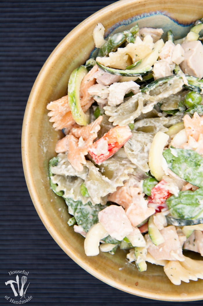 Create the perfect flavorful salad for summer, but keep it healthy with this Healthy Creamy Italian Pasta Salad. Full of the creamy goodness you want without mayonnaise or sour cream. | Housefulofhandmade.com