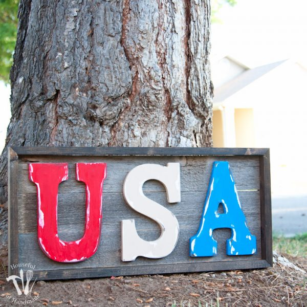 Easy DIY Rustic USA Wood Sign