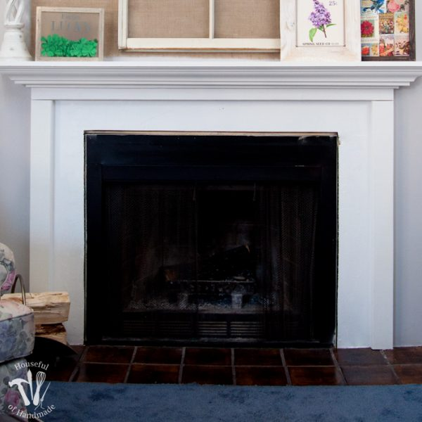 Fireplace before, I am hoping to get the motivation to create a beautiful after picture this week! | Housefulofhandmade.com