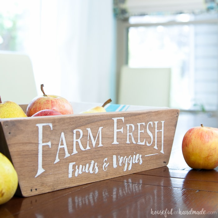 Scrap wood projects - farmhouse style produce basket
