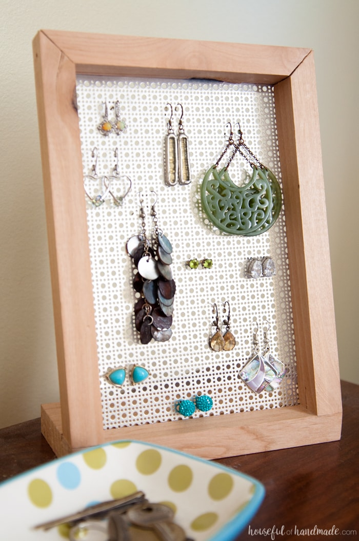 How to make homemade earring stand