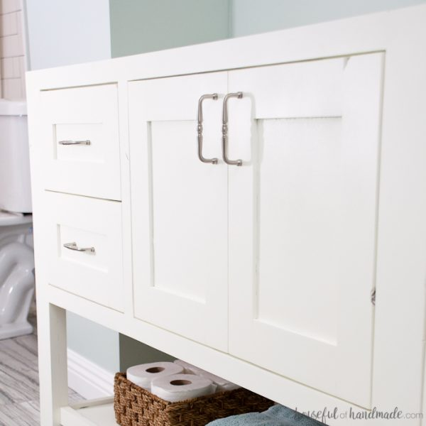 This is exactly what I needed! If you spend time building a beautiful piece of furniture, you will need to know how to get a smooth professional paint finish on it. All the tips and techniques for you to DIY a high-end piece. | Housefulofhandmade.com