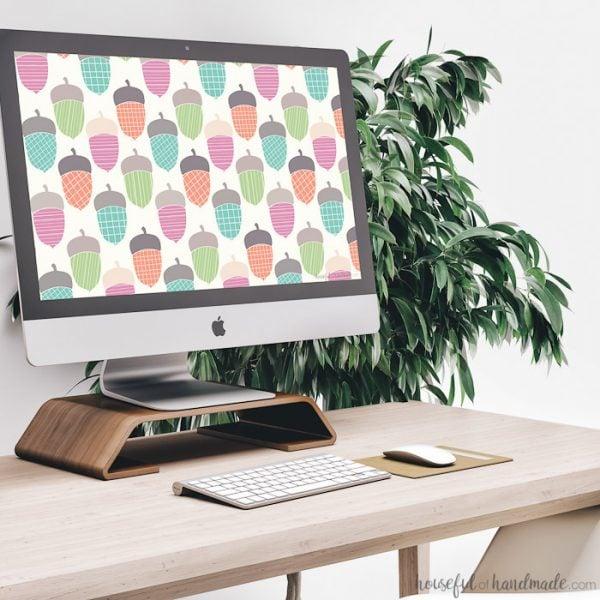 Free Desktop & Smartphone Backgrounds for November