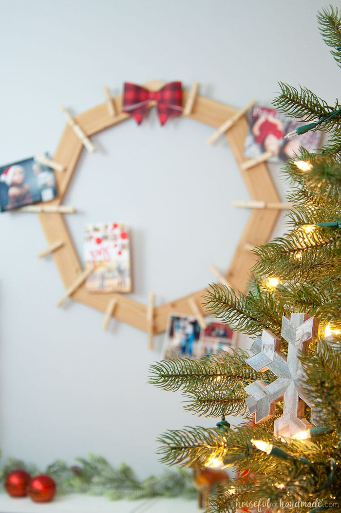 wood christmas card wreath holder
