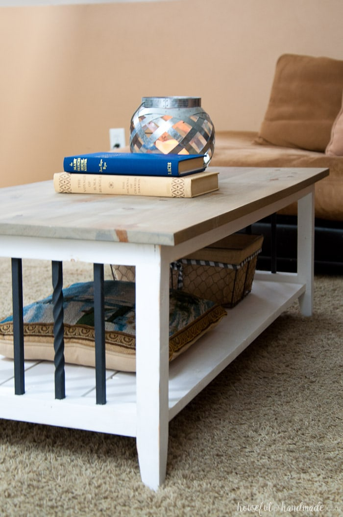 I love this simple, rustic open shelf coffee table. Create the perfect place to relax with this easy to build farmhouse coffee table. Get the free build plans today. | Housefulofhandmade.comI love this simple, rustic open shelf coffee table. Create the perfect place to relax with this easy to build farmhouse coffee table. Get the free build plans today. | Housefulofhandmade.com