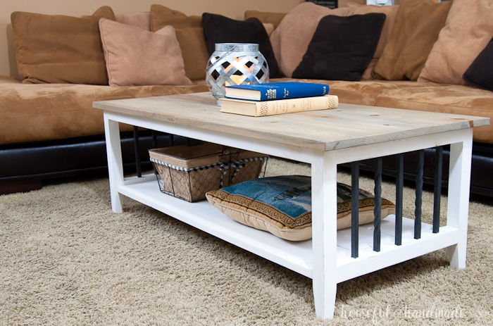 I love this simple, rustic open shelf coffee table. Create the perfect place to relax with this easy to build farmhouse coffee table. Get the free build plans today. | Housefulofhandmade.com