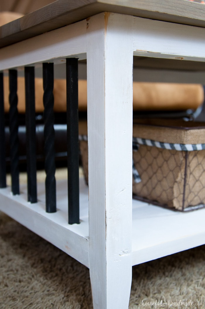I love this simple, rustic open shelf coffee table. Create the perfect place to relax with this easy to build farmhouse coffee table. Get the free build plans today.   Housefulofhandmade.com