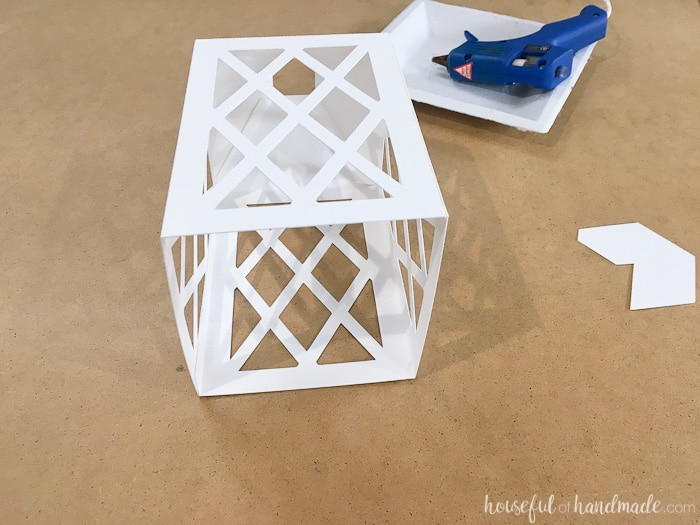 how to make a lantern out of paper