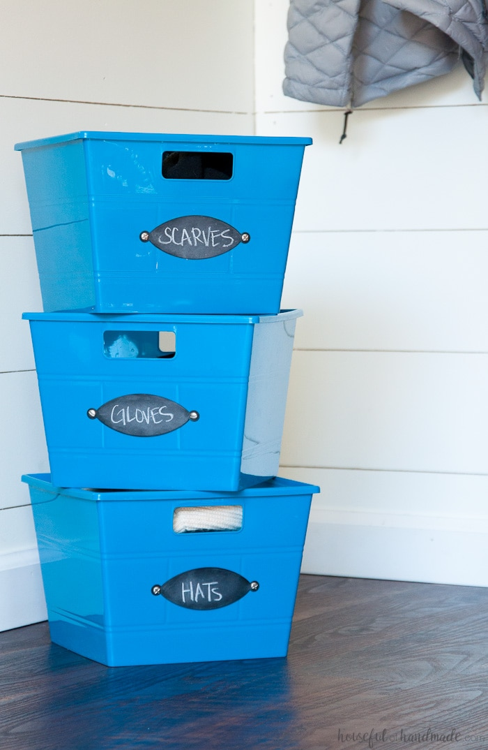 Make these easy DIY chalkboard organizing labels in just minutes. Housefulofhandmade.com || Organization Hacks | Organizing ideas | Chalkboard labels | Storage Bins | Dollar Store Bins | Storage Ideas | DIY Labels | Spellbinders | Die Cutting | Paper crafts