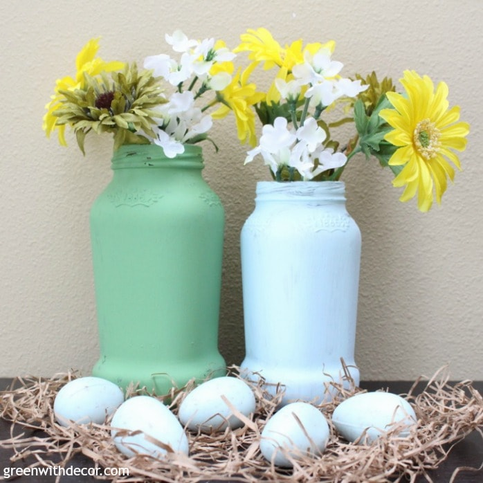 Ways to Upcycle Glass Jars & Bottles: Make spring vases from old spaghetti sauce jars from Green with decor.