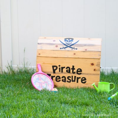 DIY Treasure Chest Toy Box