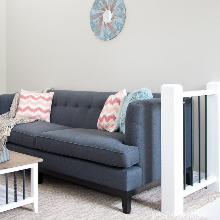 blue couch that goes with perfect griege wall color