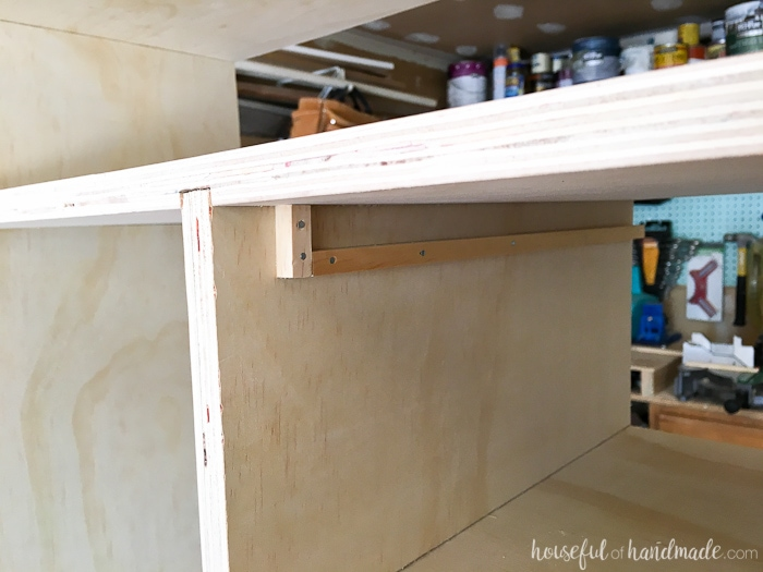 Create custom closet organization on a budget with the DIY plywood closet organizer build plans.