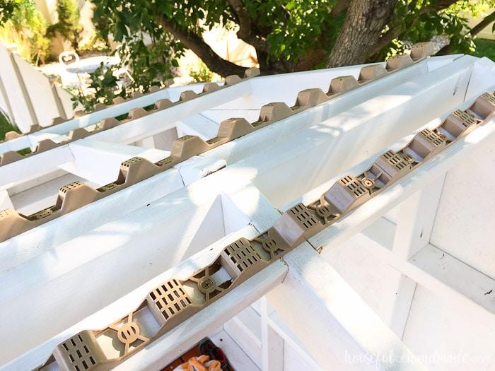 I love the Suntuf roof on our DIY playhouse. Housefulofhandmade.com