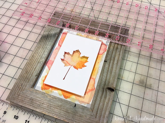 Watercolor is the perfect background for this non-traditional rustic fall decor. Housefulofhandmade.com