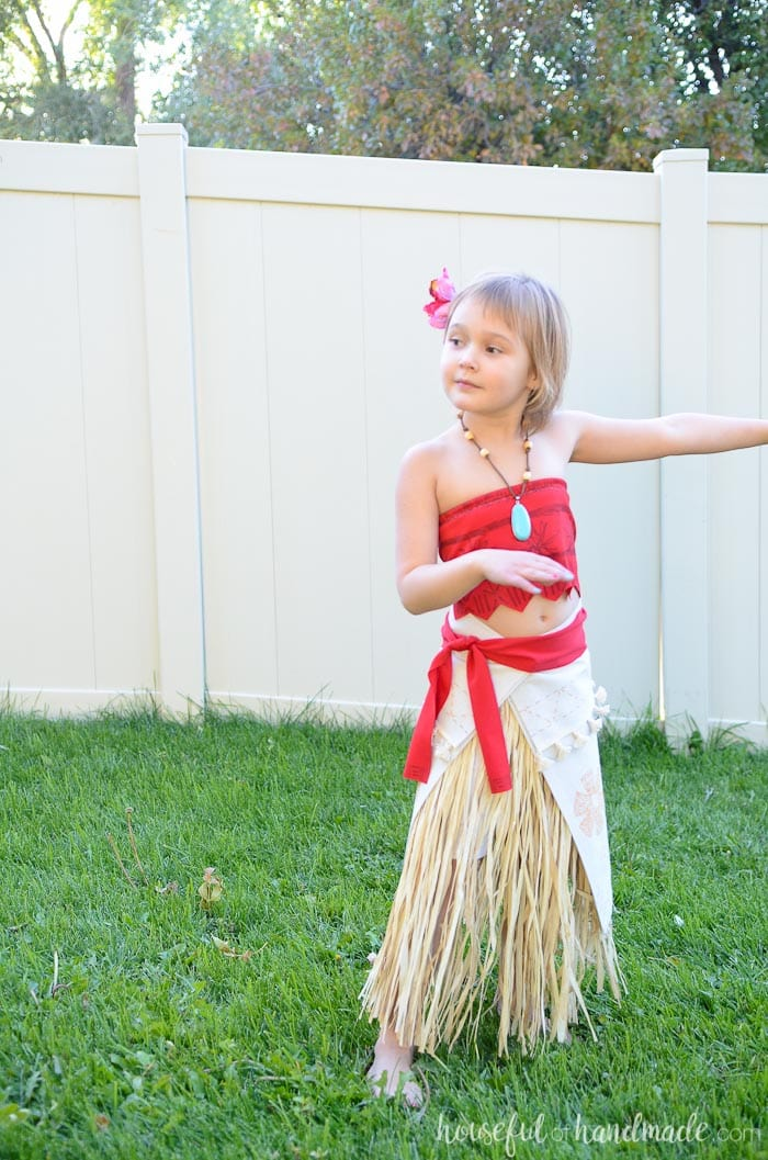Make this easy DIY Moana costume for Halloween or dress-ups with just a few simple supplies. The perfect princess costume for any little girl.