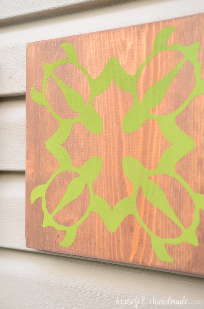 Turn a 1x10 board into beautiful tropical wall art with this easy tutorial. This turtle design is my favorite. Housefulofhandmade.com