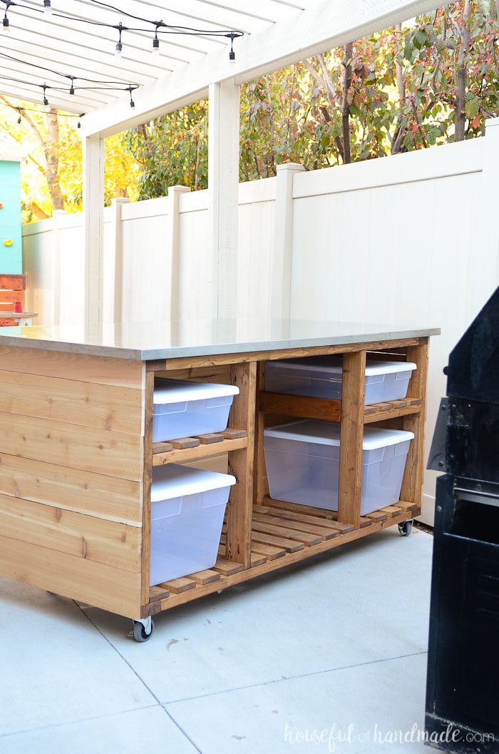 Create a beautiful outdoor kitchen with these easy build plans. A portable kitchen island is the perfect place for cooking outdoors next to your barbecue. Housefulofhandmade.com