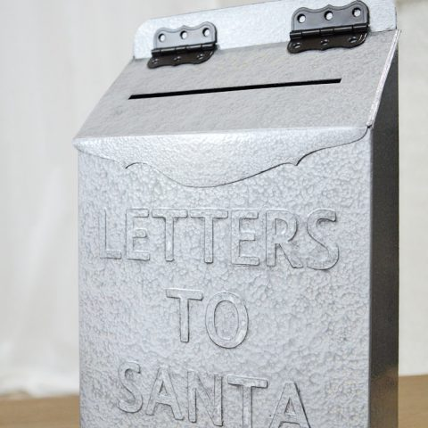 Create your own vintage inspired Letters to Santa mailbox with this easy tutorial from an upcycled cereal box! Housefulofhandmade.com