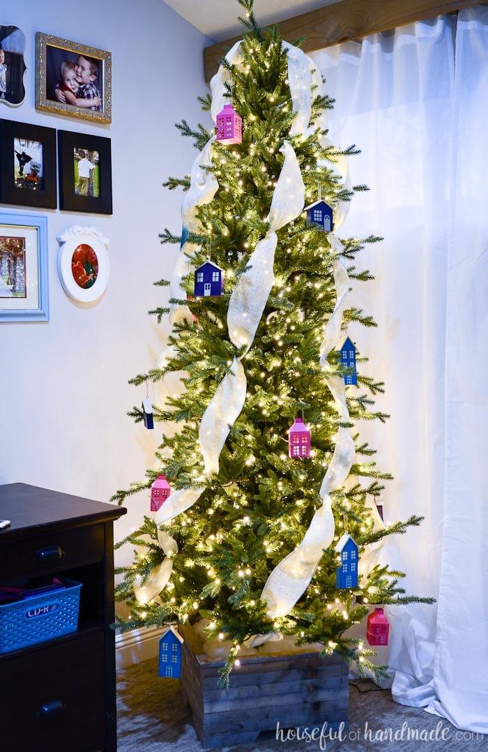 A simple rustic Christmas tree with DIY ornaments. Housefulofhandmade.com