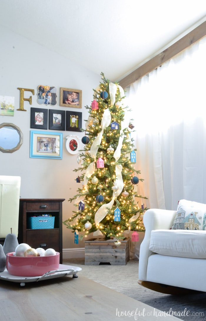 Enjoy all the Christmas tree inspiration with the My Home Style Christmas tree blog hop. This simple farmhouse room is full of color and DIYs. Housefulofhandmade.com