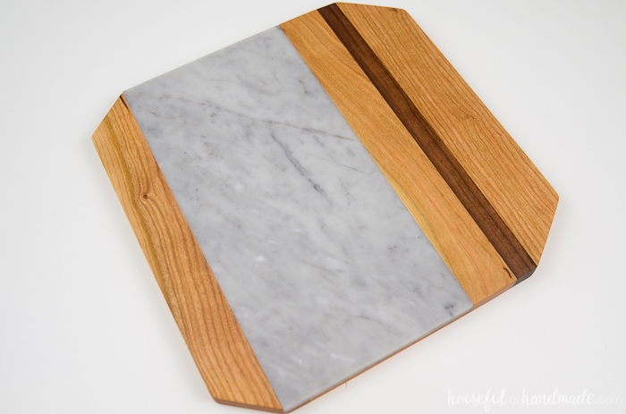 Make a marble cutting board for the perfect cheese plate. I can't wait to use it for holiday entertaining. Housefulofhandmade.com