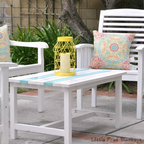 Building beautiful patio furniture doesn't have to be hard. This Easy $15 DIY Outdoor Coffee Table from Anika's DIY Life is perfect for a beginner, but looks so amazing.
