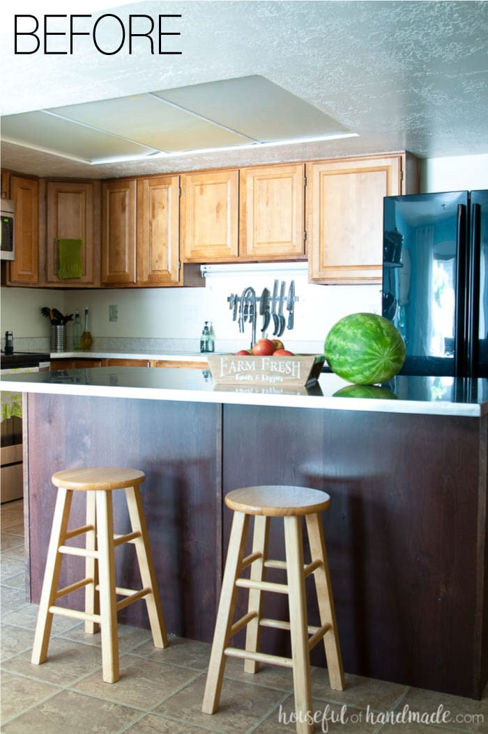 Remodeling your kitchen doesn't have to break the bank. See our plans for a budget farmhouse kitchen renovation. We will be completing the kitchen in just 6 weeks at a fraction of the cost of a normal kitchen remodel. Housefulofhandmade.com