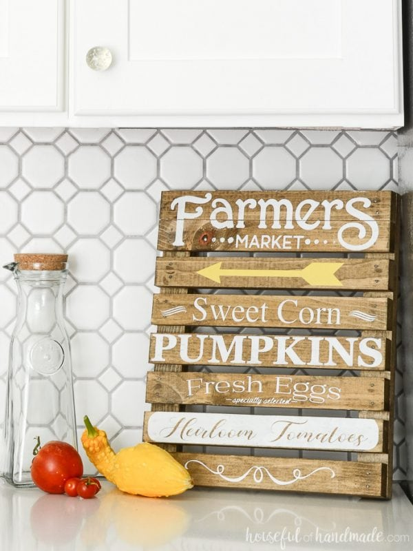 DIY kit for small farmers market sign.