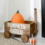 Build plans for this decorative wood wagon. Seen on the fireplace hearth with a pumpkin for fall decor.