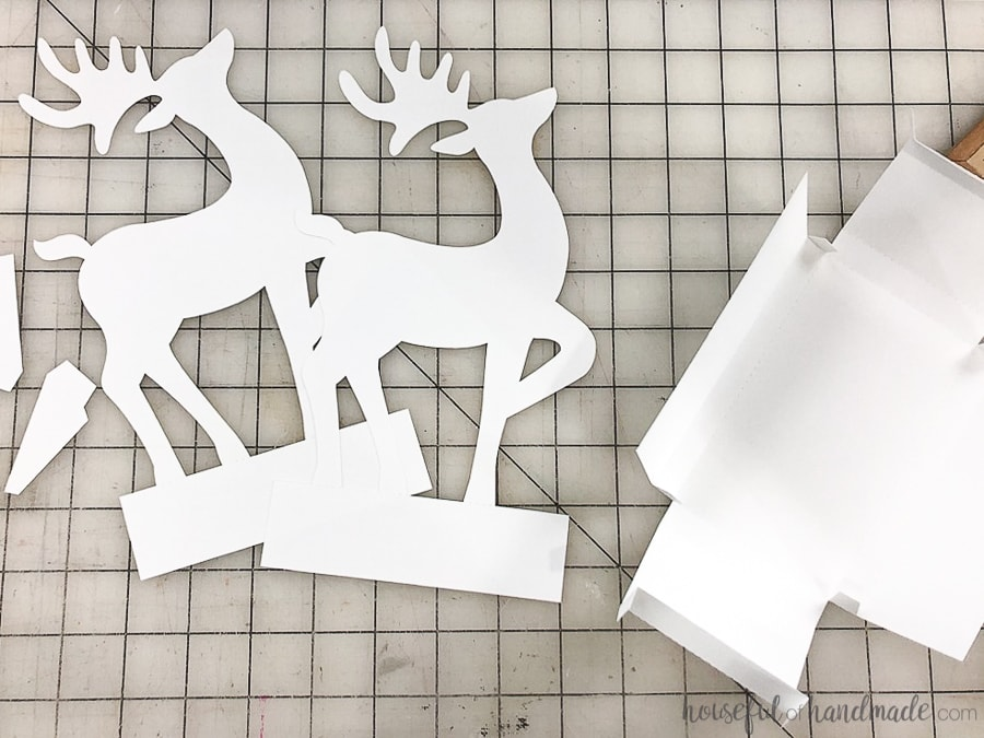 Paper cut out for the Christmas reindeer figurines.