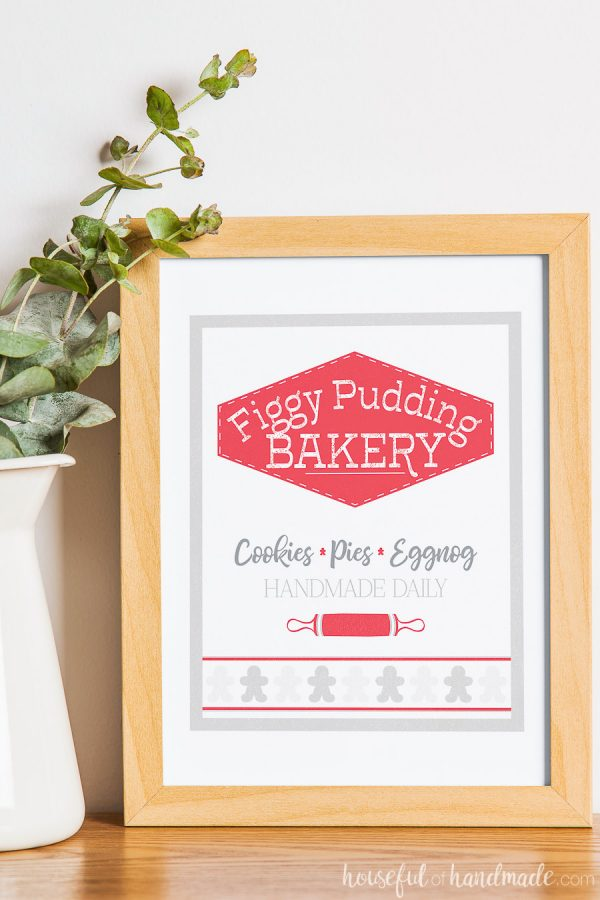 Figgy Pudding Bakery printable Christmas sign in a frame.
