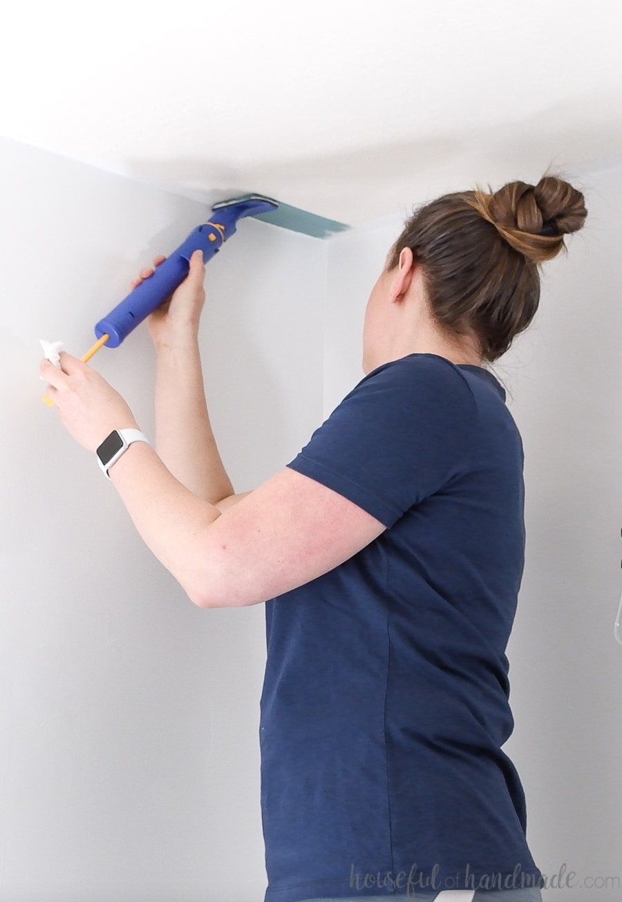 Using the Quick Painter to cut in for the easy way to paint a ceiling.
